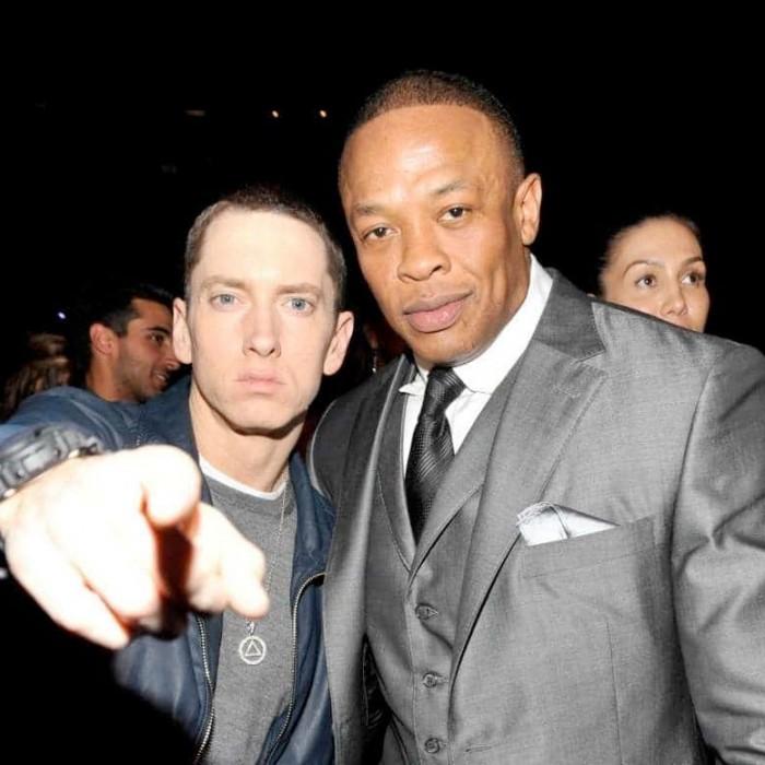Eminem feat Dr Dre & 50 Cent «Crack a bottle»